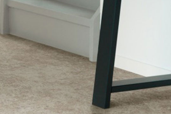 Vinyl Flooring Ipswich - Vinyl Floor Tiles in Suffolk - Harts Carpets and Flooring